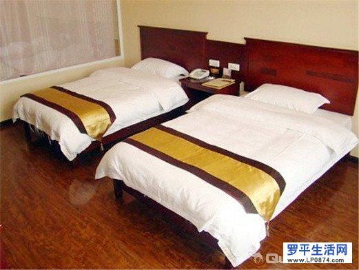罗平国标快捷酒店