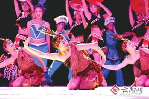 8月1日 云南民族村火把节狂欢