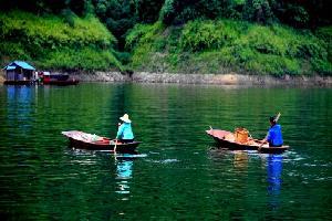 罗平万峰湖景点_万峰湖有什么好玩_万峰湖门票