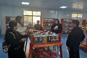 新疆昌吉市到罗平县考察学习创建国家森林城市